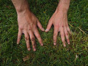hands-1260770_1280